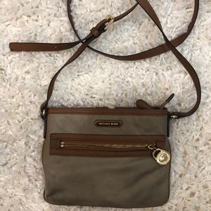 Michael Kors army green crossbody